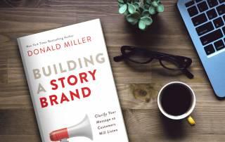 خلاصه کتاب ساختن داستان برند